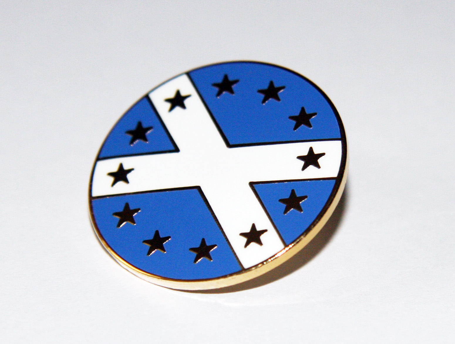 Gold EU Saltire lapel badge